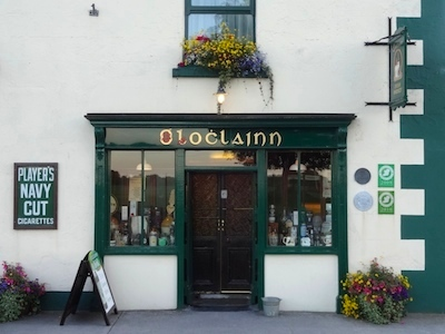 Ballyvaughan, O'Loclainn's Whiskey Bar